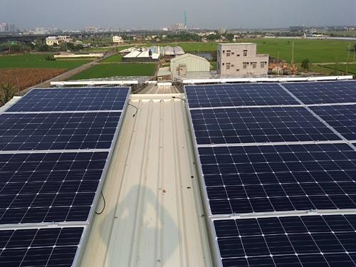 嘉義朴子住宅太陽能工程(屋頂)